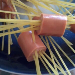 Her Pinspiration: Octopus Spaghetti-n-Cheese