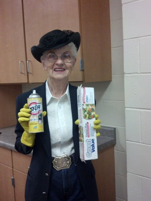 Grandma Dot's Cleaning Tips: Stovetop Scum www.herviewfromhome.com