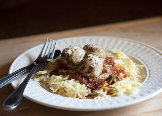 how to serve meatballs without pasta