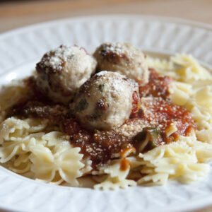 Chicken Meatballs with Pasta and Tomato Sauce