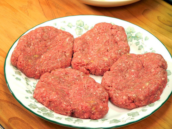 salibury-steak-2-commonground-nebraska-food-recipe