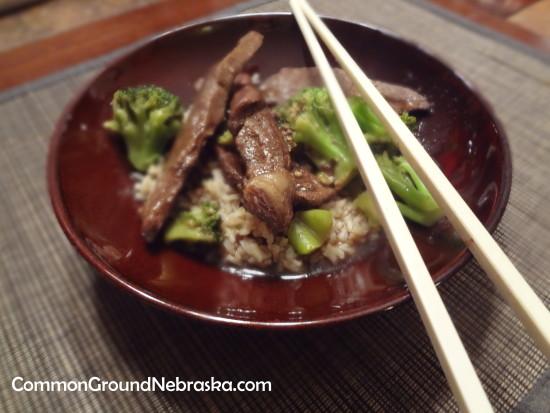 Beef-broccoli-commonground-nebraska-farm-women