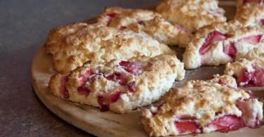 Strawberry Shortcake Scones www.herviewfromhome.com