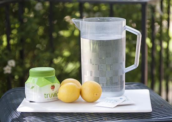 Oolong Tea Lemonade www.herviewfromhome.com