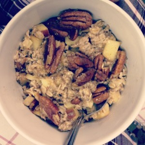 Apple Pecan Oatmeal