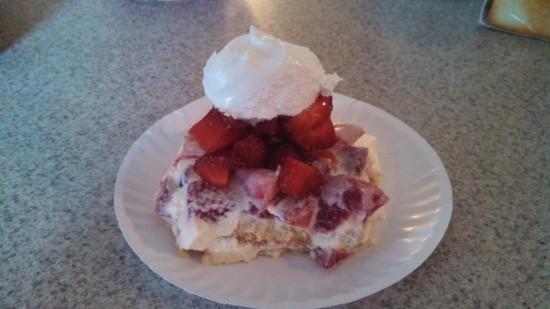 strawberry-lemon-pound-cake-commonground