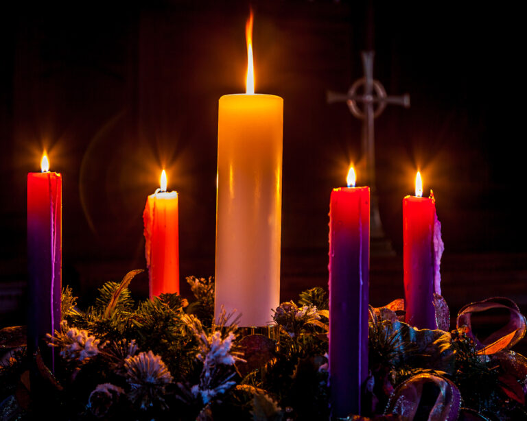 Advent candles in Christmas wreath