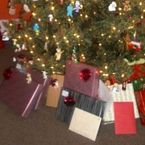 Simplify the Gifts Under Your Family's Tree