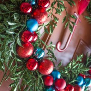Holiday Wreath How-To