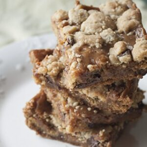 Peanut Butter Salted Caramel Chocolate Chip Cookie Bars