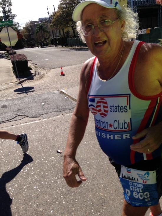 Steve-Boone-600th-Marathon-e1421963014963