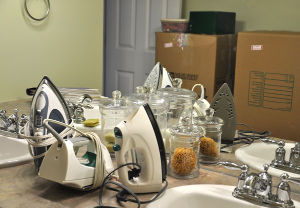5 Organizing Tips To Avoid Clutter   www.herviewfromhome.com