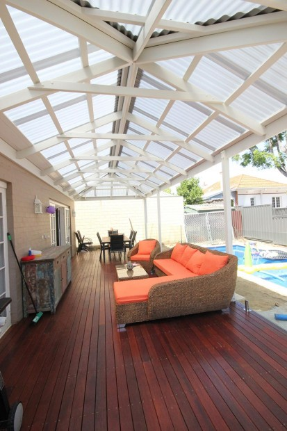 Summer: 4 Tips to Prepare Your Patio    www.herviewfromhome.com