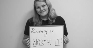 Blogging Helped Me Overcome My Eating Disorder www.herviewfromhome.com