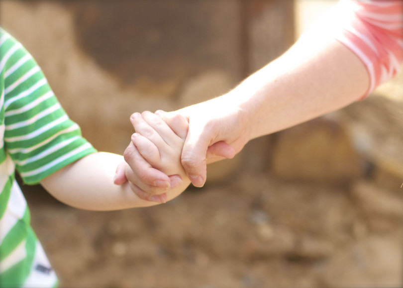 How to Date Your Kids (5 Tips!) www.herviewfromhome.com