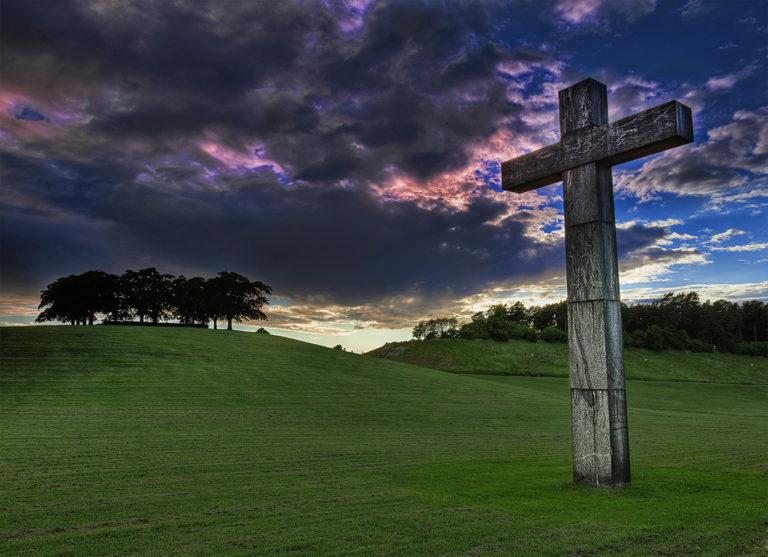 A beautiful cross www.herviewfromhome.com