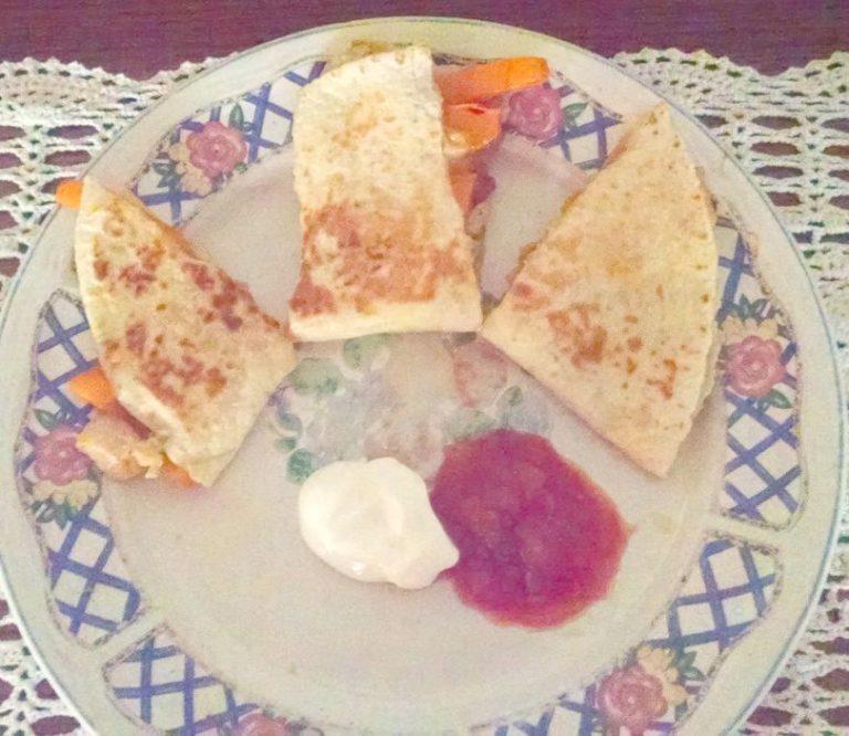 Quesadillas Veggie Style! www.herviewfromhome.com