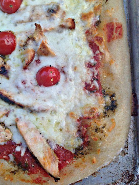Chicken Pesto Pizza www.herviewfromhome.com