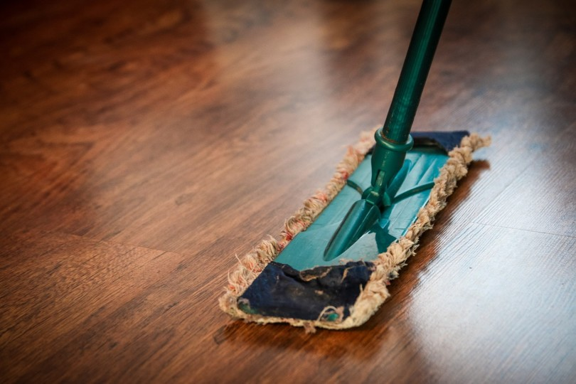 Confession: To Clean My House or Not www.herviewfromhome.com
