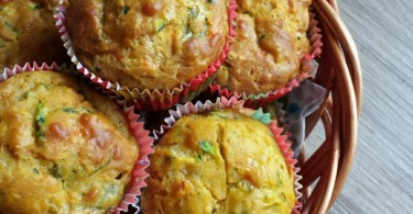 Kiddy Vegetables Quiche Cupcakes www.herviewfromhome.com
