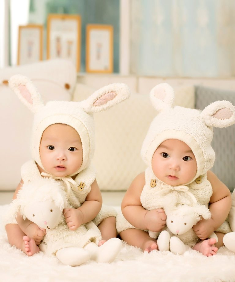"""Being a parent is an emotional experience! Being a """"twin mom"""" doubles those emotions and comes with it's own set of challenges and rewards. Here are 5 tips for when you're having twins:"""