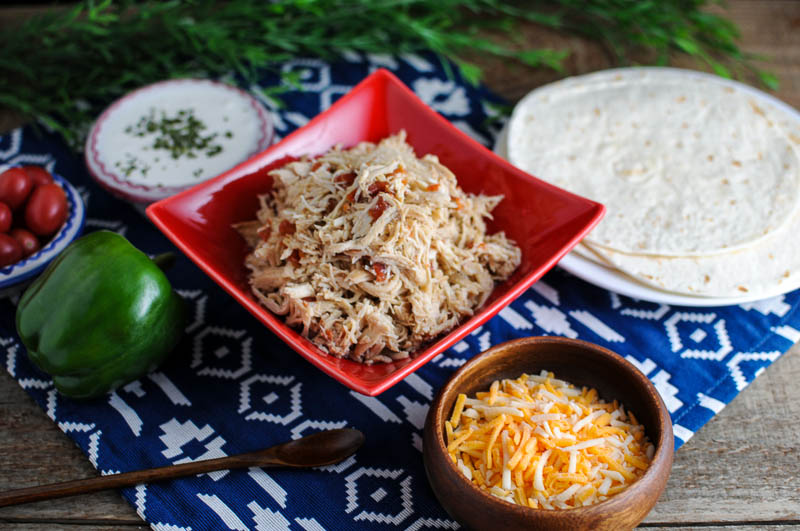 Easy Crockpot Chicken Tacos www.herviewfromhome.com
