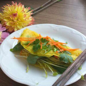 """Vietnamese Sizzling Crêpe – """"Bánh Xèo"""""""