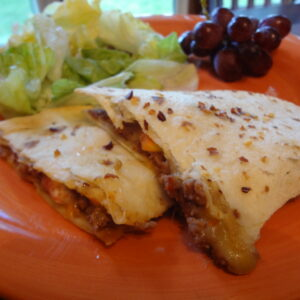 Cheeseburger Quesadilla – Harvest Meal On-The-Go
