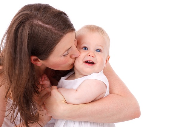 5 Things Young Mothers Want You to Know www.herviewfromhome.com