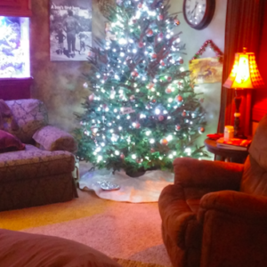9 Family Christmas Traditions to Make Your Own