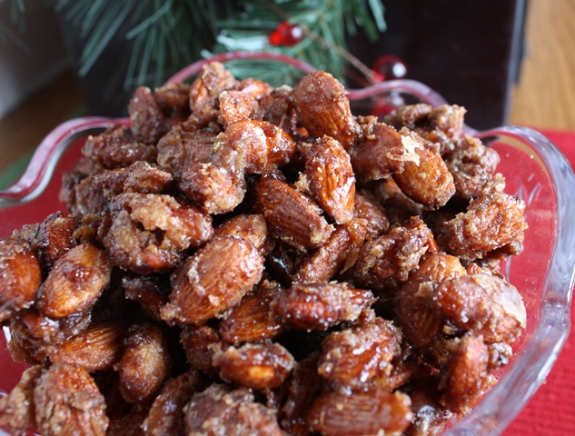 Slow Cooker Cinnamon Sugar Almonds   www.herviewfromhome.com