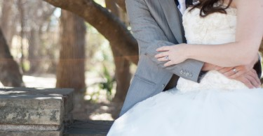 5 Tips To Help Strengthen Your Marriage www.herviewfromhome.com