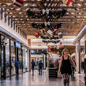 Last Minute Tips to Avoiding Stressful Shopping This Holiday Season