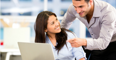 Owning a business with your significant other www.herviewfromhome.com
