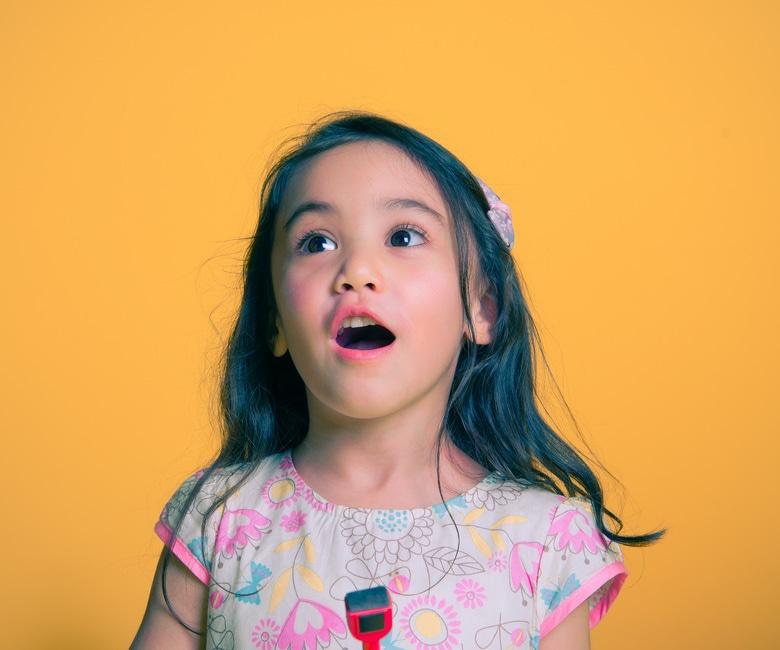4 Secrets to Raising a Happy Kid www.herviewfromhome.com