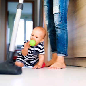 The 30-Minute Mommy Cleaning Schedule That Will Change Your Home