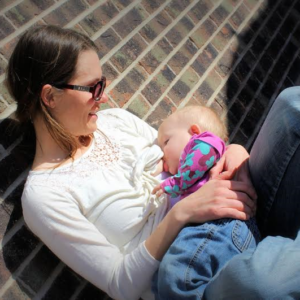 An Open Letter to the Chili's Waitress Who Thanked Me for Breastfeeding in Public