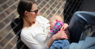 An Open Letter to the Chili's Waitress Who Thanked Me for Breastfeeding in Public www.herviewfromhome.com