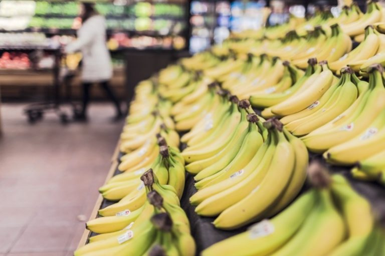 On Why Bananas Make Me Gag www.herviewfromhome.com