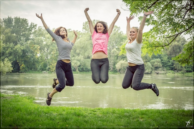 6 Summer Sanity Must-Do's For Moms www.herviewfromhome.com