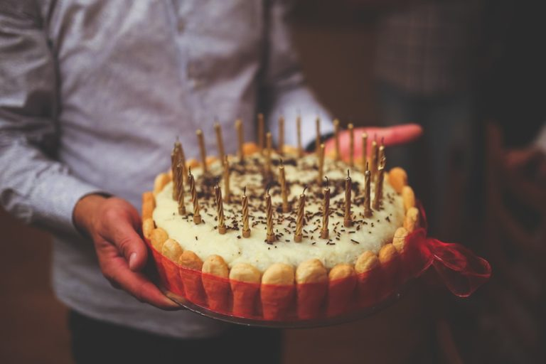 To The Mad Mom Who Drop-Kicked That Birthday Cake: We All Have Bad Days www.herviewfromhome.com