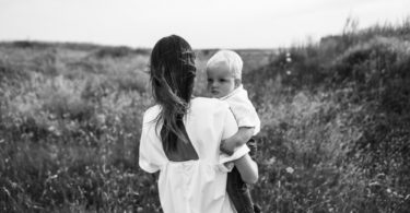 Dear Stay-At-Home Mom, I See You www.herviewfromhome.com