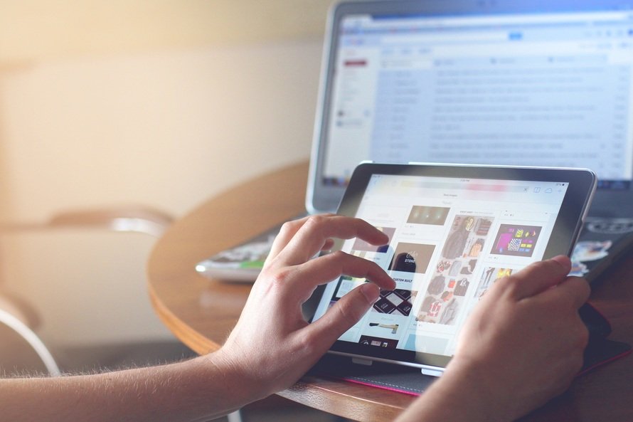 Bodies Of Teens Posted Online: Please Teach Your Children The Dangers of Social Media www.herviewfromhome.com