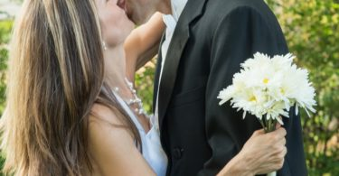 5 Reasons Every Couple Should Renew Their Wedding Vows Today www.herviewfromhome.com