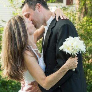 5 Reasons Every Couple Should Renew Their Wedding Vows Today