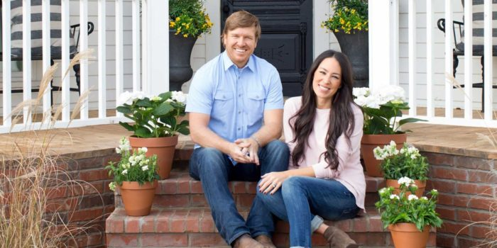 Basically We're Obsessed With Chip And Joanna - Here's Why www.herviewfromhome.com