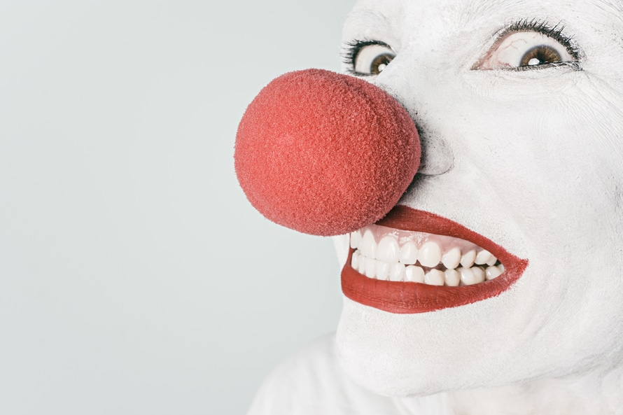 Parents - This Is What You Need To Know About The Scary Clown Craze www.herviewfromhome.com