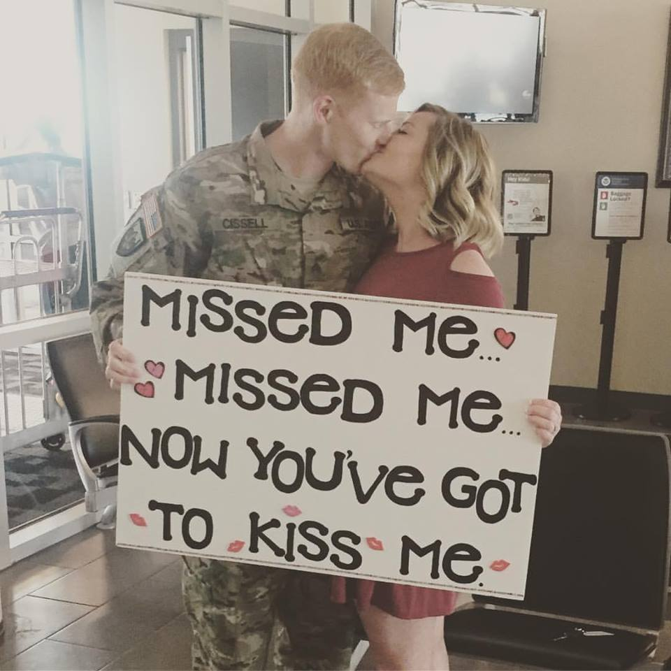 He's Home! A Deployment Homecoming www.herviewfromhome.com