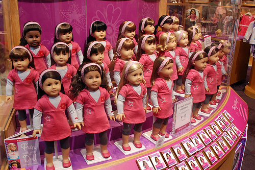 Dear American Girl Dolls: This Mom Does Not Like You www.herviewfromhome.com