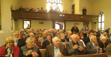 Ice Cream Brings a Midwest Community Together During a Funeral - Makes Us All Smile www.herviewfromhome.com
